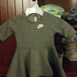 Baby girl 2t nike dress